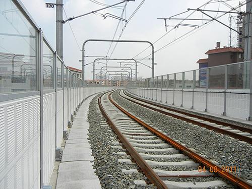 铁路隔音板